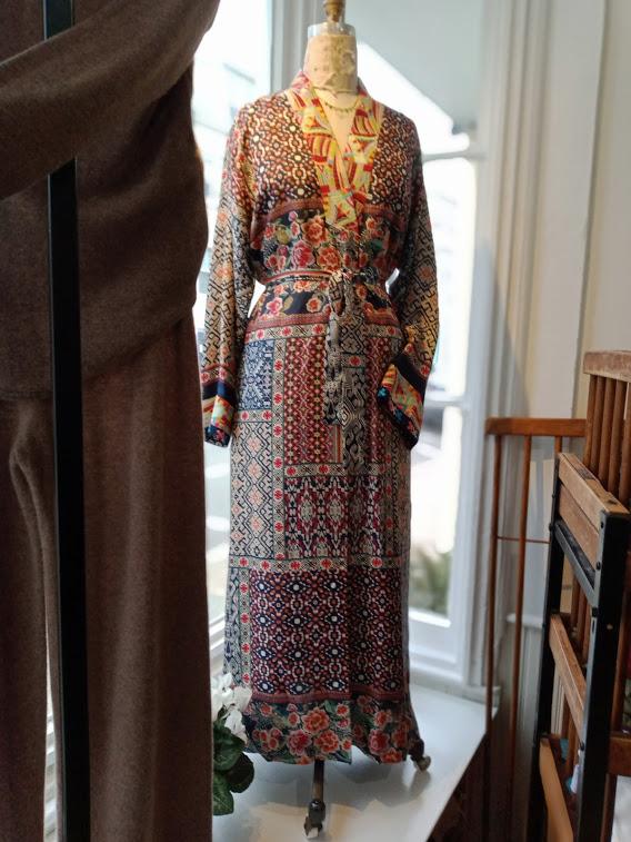 Patchwork Reversible Floral Silk Kimono – Johnny Was